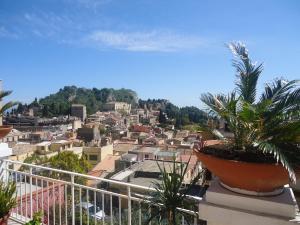 Hostel Taormina - Homstel - AbcAlberghi.com