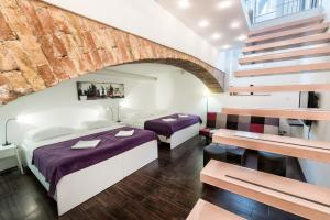 Tia Apartments and Rooms