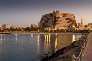 Radisson Blu Resort, Sharjah, Resorts  Schardscha - big - 40