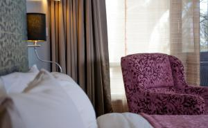 Hotel Ahdoos, Отели  Сринагар - big - 12