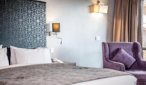 Hotel Ahdoos, Отели  Сринагар - big - 14
