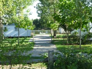Camping Campilo, Campsites  Aubigny - big - 12