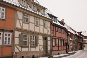 Urlaub im Fachwerk - Klink, Appartamenti  Quedlinburg - big - 48