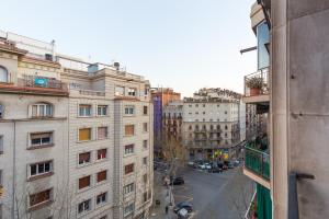 VINTAGE - Plaza Universidad (5Bedrooms/2Bathrooms)