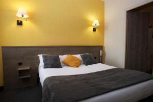 Brit Hotel Le Surcouf, Hotely  Saint-Malo - big - 42