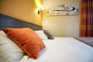 Brit Hotel Le Surcouf, Hotely  Saint-Malo - big - 2