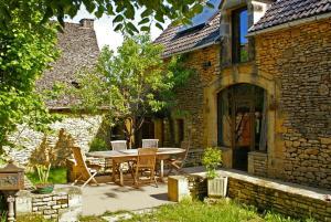 La Ferme du Pech, Отели типа «постель и завтрак» - Saint-Geniès