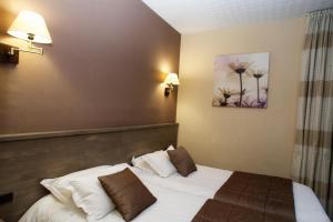 Brit Hotel Le Surcouf, Hotely  Saint-Malo - big - 17