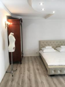 Apartament z balkonem na Dmowskiego