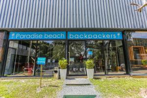 Paradise Beach Backpackers Hostel - Ban Trai Trang