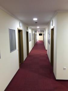 Beg Rooms