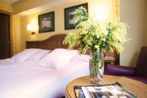 Canillo Hotels