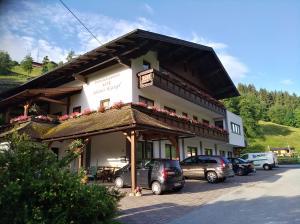 Frühstückspension Auer - Haus Kargl - Hotel - Schladming