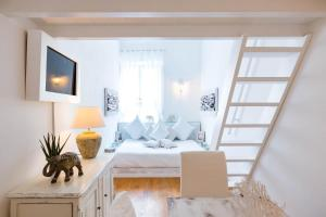 Pantheon Luxury Gold Apartment - Rome