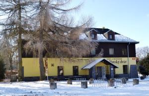 Auberges de jeunesse - Hotel & Restaurant Adolfovský Dvůr