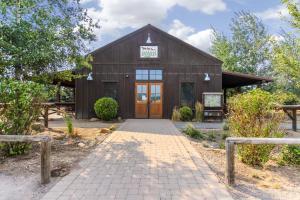 7 Redwood, Дома для отпуска  Санривер - big - 4