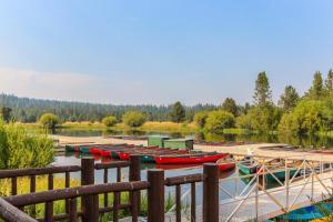 7 Redwood, Дома для отпуска  Санривер - big - 22