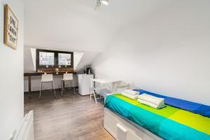 Cozy Loft Great View Studio Next To Zaimov Park