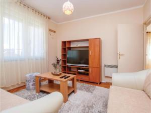 One-Bedroom Apartment in Sibenik - Donje Polje