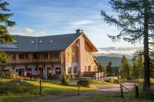 JUFA Nockberge - Hotel - Sirnitz