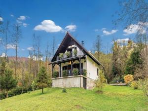 Three-Bedroom Holiday Home in Kuzelj - Vrh pri Fari