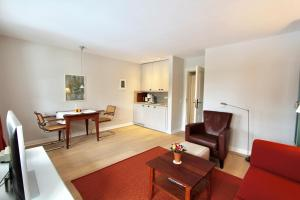 Ulenhof Appartements, Ferienwohnungen  Wenningstedt-Braderup - big - 72