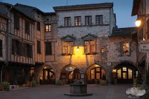 Accommodation in Castelnau-de-Montmiral