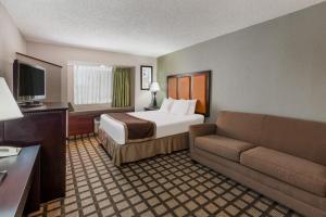 Baymont by Wyndham Gaylord - Hotel