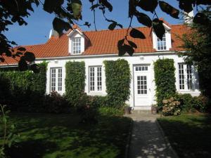 Location gîte, chambres d'hotes Stunning Holiday Home in Escalles near Sea dans le département Pas de Calais 62