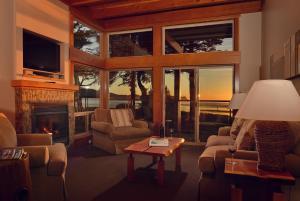 Pacific Sands Beach Resort Hotel (1 of 47)