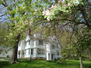 Pawling House Bed & Breakfast - Accommodation - Pawling