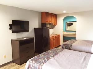 Americas Best Value Inn & Suites Mont Belvieu Houston, Motelek  Eldon - big - 17