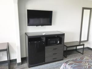 Americas Best Value Inn & Suites Mont Belvieu Houston, Motelek  Eldon - big - 7