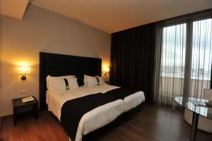 Holiday Inn Genoa City, Szállodák  Genova - big - 41