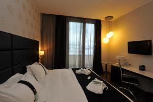 Holiday Inn Genoa City, Szállodák  Genova - big - 63