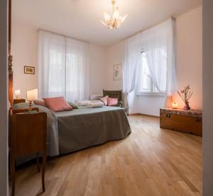 Santa Felicita Apartments