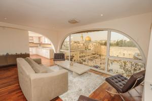 The Western Wall Apartment