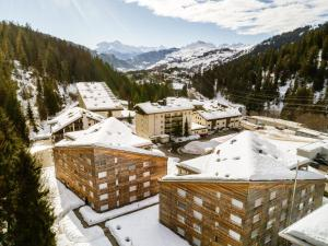 Edelweiss Uletsch S 0.2 - Apartment - Laax