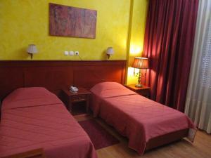 Hostels e Albergues - Hotel Delta