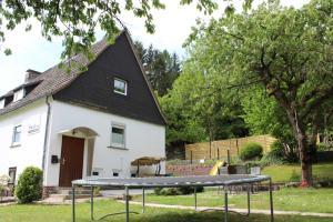 Ferienhaus Haus im Glueck - Bringhausen
