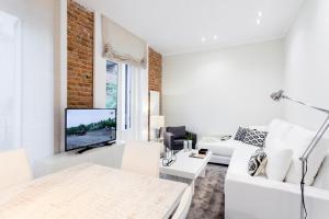 Alcantara Apartment by Flatsweethome, Мадрид