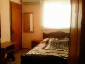 Prostor Guest House, Penziony  Loo - big - 169