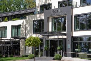Relais & Châteaux Hotel Burg S..