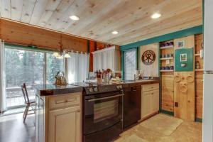 32 Cabin Cluster Ln, Holiday homes  Sunriver - big - 5