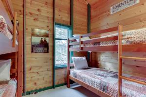 32 Cabin Cluster Ln, Prázdninové domy  Sunriver - big - 57