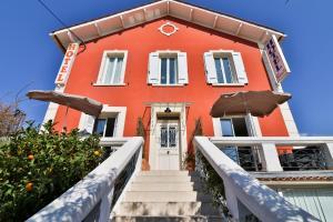Location gîte, chambres d'hotes Hotel La Villa Florida dans le département Var 83