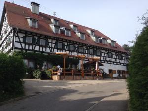 Hostels und Jugendherbergen - Hotel Restaurant Mönchhof