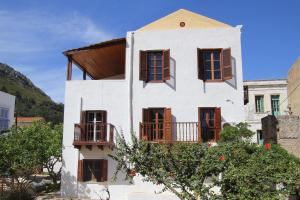 Hostales Baratos - Alexandra Pension Kastelorizo