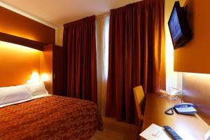 Hotel Villa Delle Rose, Отели  Оледжо - big - 1