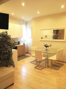 Joy Apartment - AbcAlberghi.com